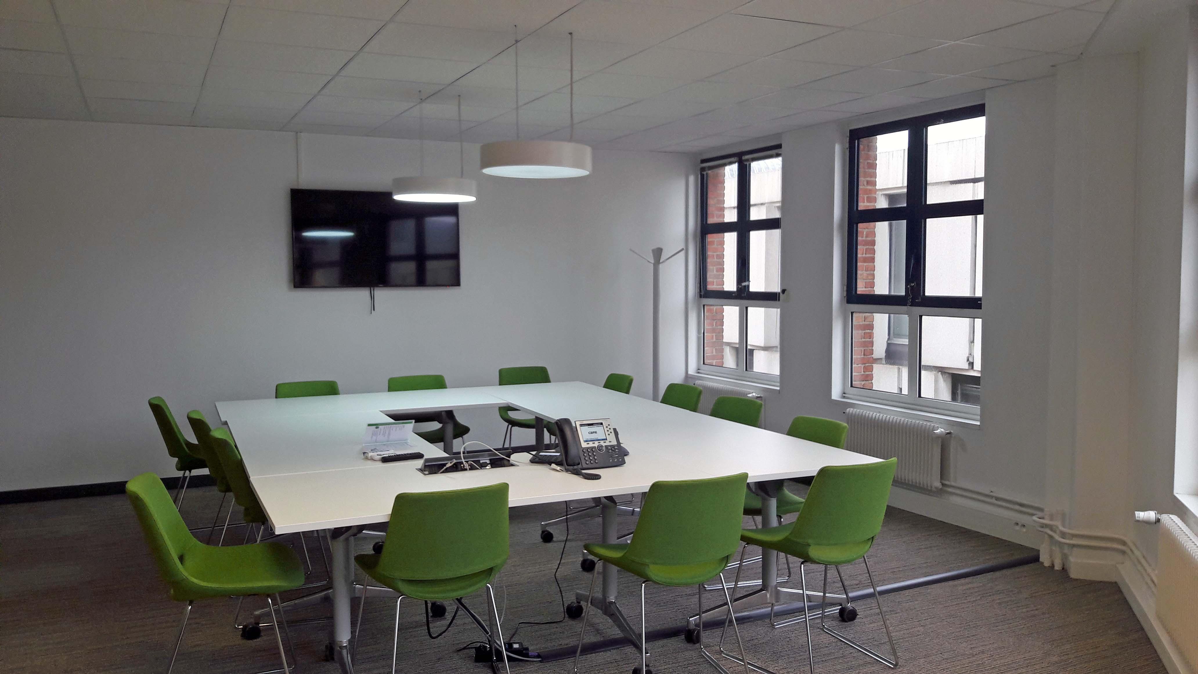 nouveaux bureaux pour cbre lille un d m nagement strat gique cbre lille. Black Bedroom Furniture Sets. Home Design Ideas